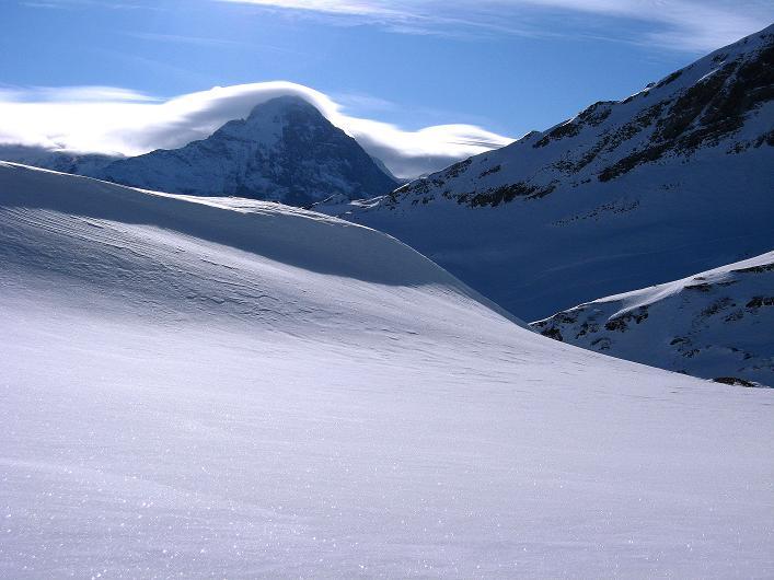 Foto: Andreas Koller / Schneeschuh Tour / Schneeschuh-Trail aufs Faulhorn (2681m) / Eiger (3970 m) vom Bachsee / 06.01.2009 23:40:49
