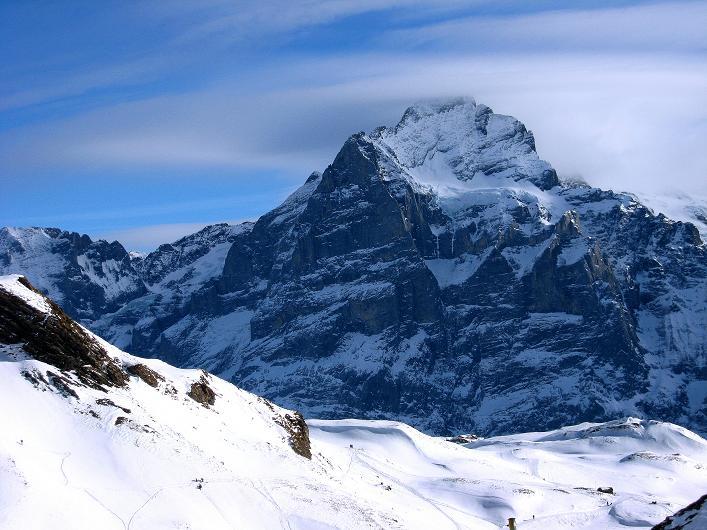 Foto: Andreas Koller / Schneeschuh Tour / Schneeschuh-Trail aufs Faulhorn (2681m) / Wetterhorn N-Wand (3701 m) / 06.01.2009 23:36:13