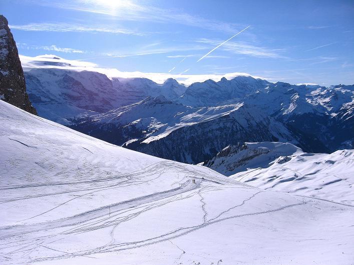 Foto: Andreas Koller / Schneeschuh Tour / Schneeschuh-Trail aufs Faulhorn (2681m) / Blick nach S zum Dreigestirn Eiger - Mönch - Jungfrau / 06.01.2009 23:33:12
