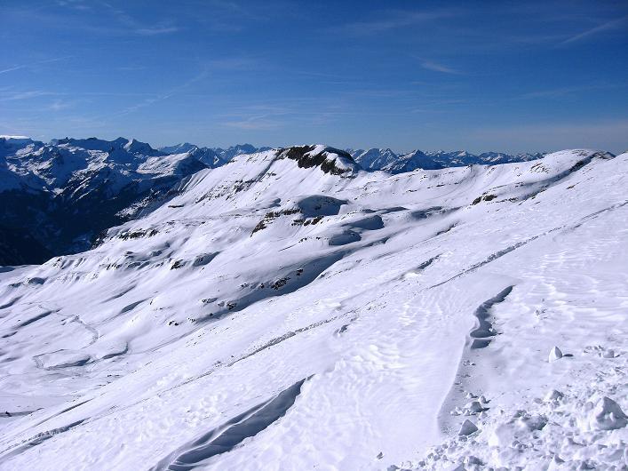 Foto: Andreas Koller / Schneeschuh Tour / Schneeschuh-Trail aufs Faulhorn (2681m) / Blick vom Gassenboden nach W in die Berner Voralpen / 06.01.2009 23:31:52