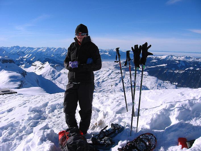 Foto: Andreas Koller / Schneeschuh Tour / Schneeschuh-Trail aufs Faulhorn (2681m) / Am Faulhorn gegen Berner Voralpen / 06.01.2009 23:22:28