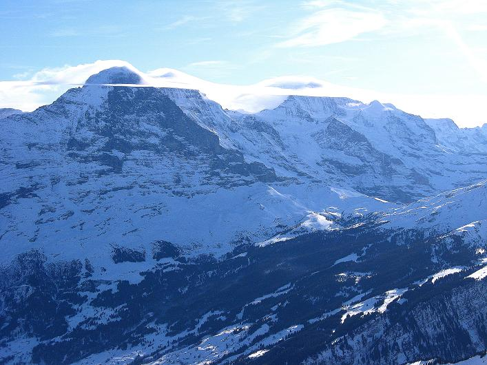 Foto: Andreas Koller / Schneeschuh Tour / Schneeschuh-Trail aufs Faulhorn (2681m) / Eiger (3970 m), Mönch (4109 m), Jungfrau (4158 m) / 06.01.2009 23:22:06
