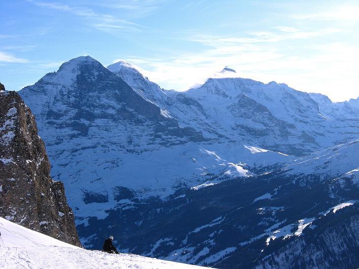 Foto: Andreas Koller / Schneeschuh Tour / Schneeschuh-Trail aufs Faulhorn (2681m) / Das berühmte Dreigestirn: Eiger mit N-Wand (3970 m), Mönch (4109 m) und Jungfrau (4158 m) / 06.01.2009 23:20:13