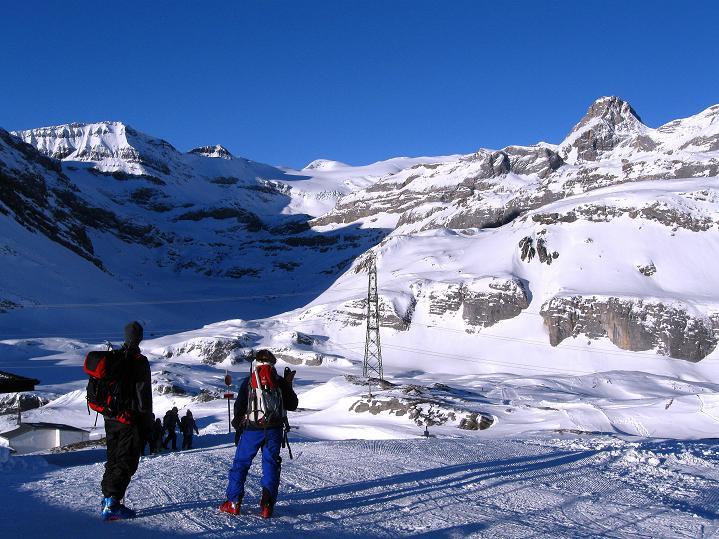 Foto: Andreas Koller / Ski Tour / Vom Gemmipass auf das Daubenhorn (2942 m) / Ausgangspunkt Gemmipass / 08.01.2009 01:30:42