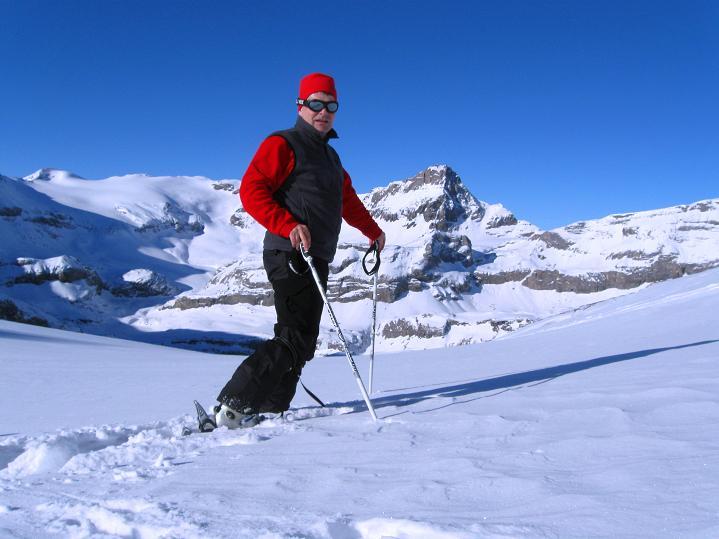 Foto: Andreas Koller / Ski Tour / Vom Gemmipass auf das Daubenhorn (2942 m) / Vom Daubenhorngletscher hat man einen tollen Blick auf den Wildstrubel (3244 m) / 08.01.2009 01:21:05