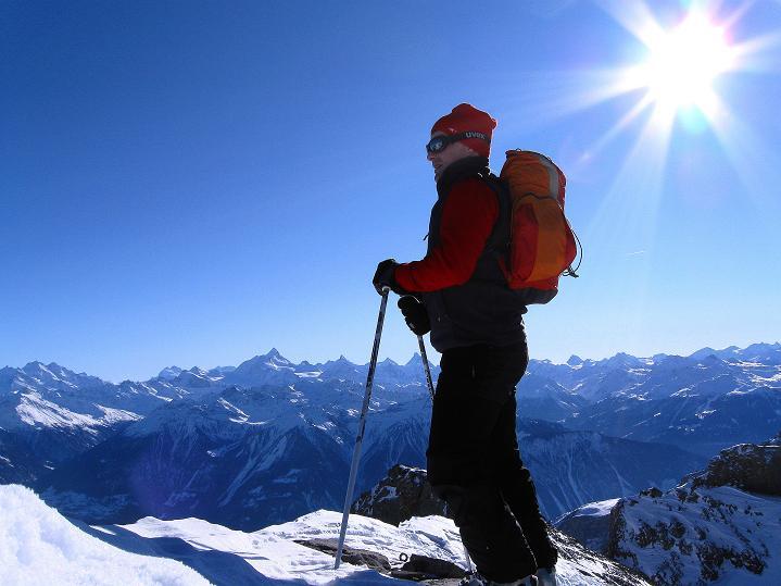 Foto: Andreas Koller / Ski Tour / Vom Gemmipass auf das Daubenhorn (2942 m) / Aussicht in die Walliser Alpen genießen / 08.01.2009 01:12:32
