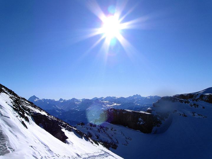 Foto: Andreas Koller / Ski Tour / Vom Gemmipass auf das Daubenhorn (2942 m) / Die 4000er der Walliser Alpen / 08.01.2009 01:10:18