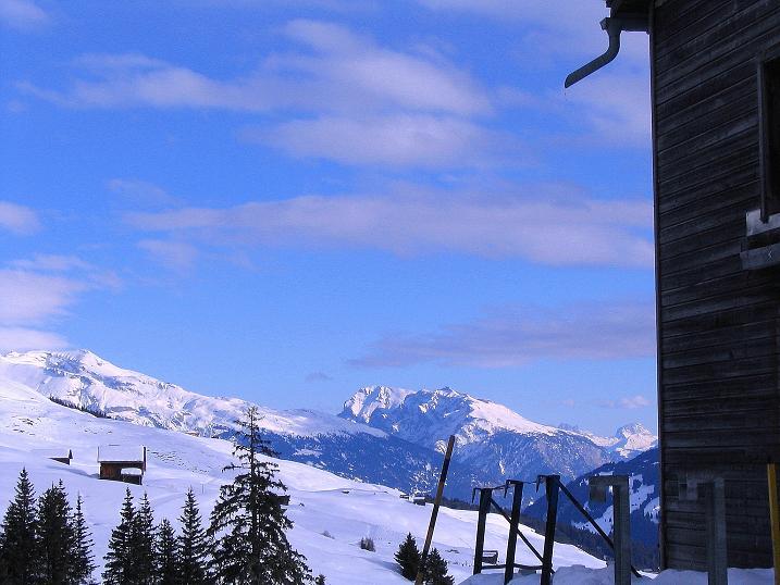 Foto: Andreas Koller / Ski Tour / Aus dem Val Lumnezia auf den Piz Sezner (2309m) / 08.01.2009 22:08:10