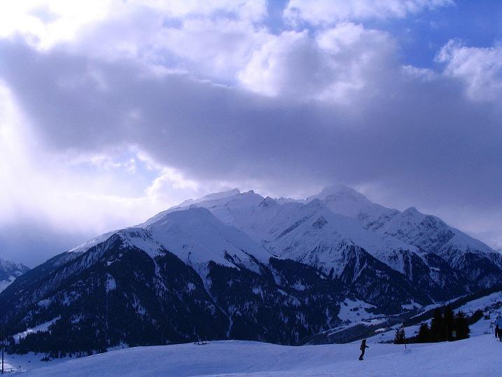 Foto: Andreas Koller / Ski Tour / Aus dem Val Lumnezia auf den Piz Sezner (2309m) / 08.01.2009 22:07:32