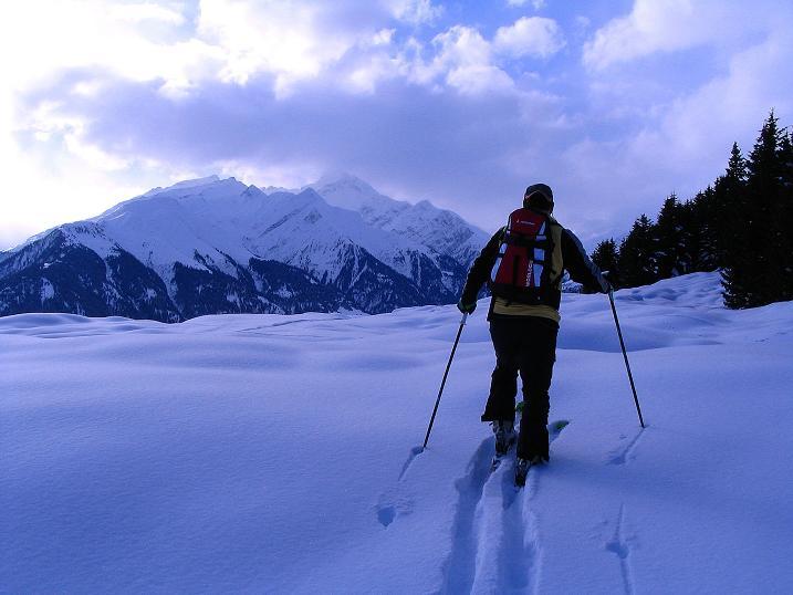 Foto: Andreas Koller / Ski Tour / Aus dem Val Lumnezia auf den Piz Sezner (2309m) / 08.01.2009 22:07:26