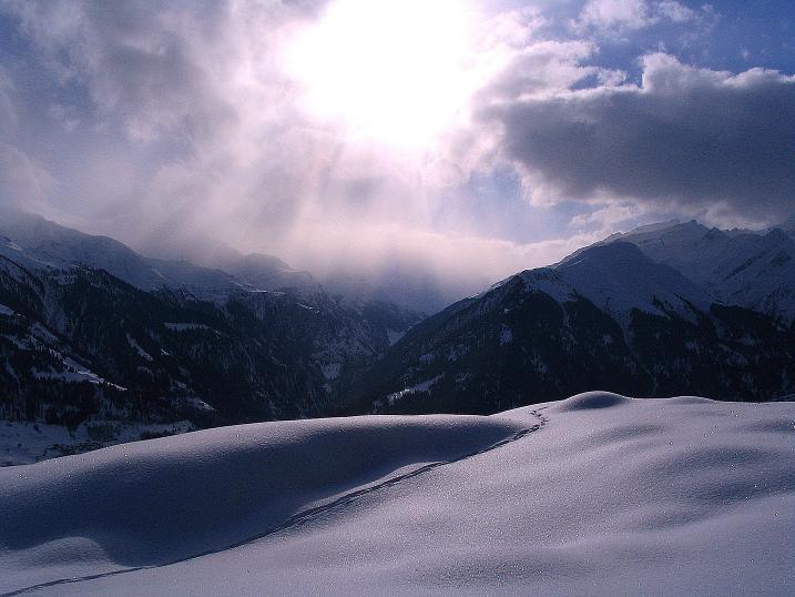Foto: Andreas Koller / Ski Tour / Aus dem Val Lumnezia auf den Piz Sezner (2309m) / 08.01.2009 22:07:10