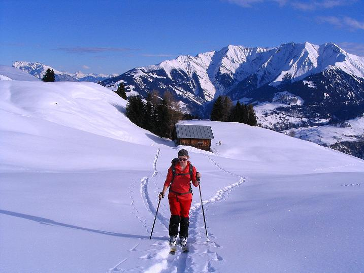 Foto: Andreas Koller / Ski Tour / Aus dem Val Lumnezia auf den Piz Sezner (2309m) / 08.01.2009 22:04:30