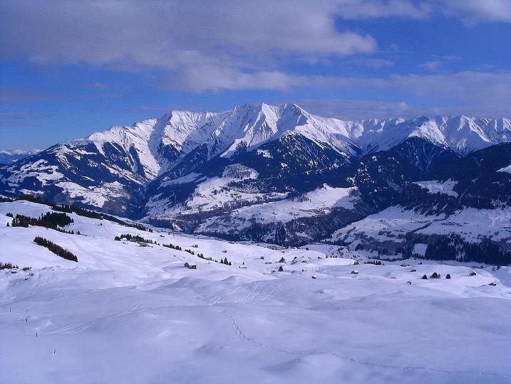 Foto: Andreas Koller / Ski Tour / Aus dem Val Lumnezia auf den Piz Sezner (2309m) / 08.01.2009 22:04:01