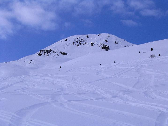 Foto: Andreas Koller / Ski Tour / Aus dem Val Lumnezia auf den Piz Sezner (2309m) / Piz Sezner / 08.01.2009 22:03:09