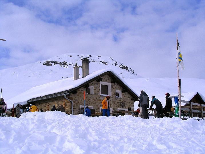 Foto: Andreas Koller / Ski Tour / Aus dem Val Lumnezia auf den Piz Sezner (2309m) / 08.01.2009 22:01:37