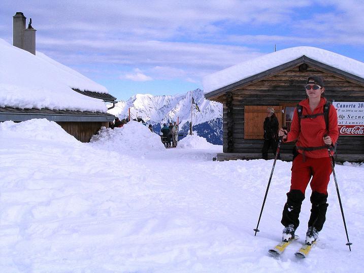 Foto: Andreas Koller / Ski Tour / Aus dem Val Lumnezia auf den Piz Sezner (2309m) / Rast auf der Alp Sezner / 08.01.2009 22:01:30