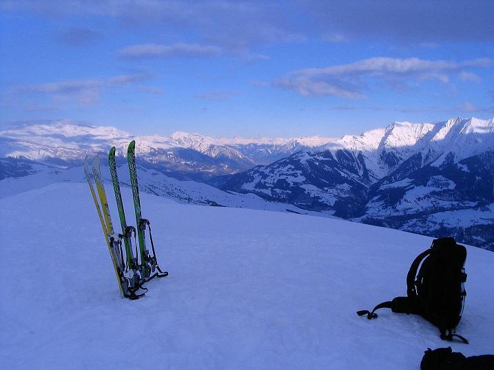 Foto: Andreas Koller / Ski Tour / Aus dem Val Lumnezia auf den Piz Sezner (2309m) / 08.01.2009 21:58:18