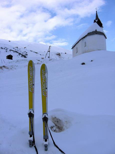 Foto: Andreas Koller / Ski Tour / Piz da Vrin (2563m) / Ausgangspunkt: Kapelle von SAn Guisen / 09.01.2009 00:31:23