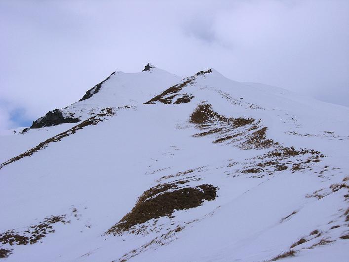 Foto: Andreas Koller / Ski Tour / Piz da Vrin (2563m) / Die Doppelspitzen des Piz da Vrin / 09.01.2009 00:27:42