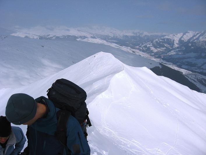 Foto: Andreas Koller / Ski Tour / Piz da Vrin (2563m) / Blick über den N-Gipfel / 09.01.2009 00:23:01