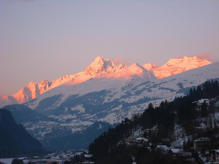 Foto: Andreas Koller / Ski Tour / Vom Zervreilasee auf das Frunthorn (3030m) / 09.01.2009 22:31:32