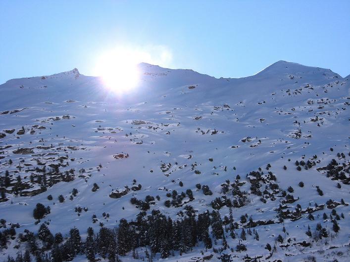 Foto: Andreas Koller / Ski Tour / Vom Zervreilasee auf das Frunthorn (3030m) / 09.01.2009 22:30:20
