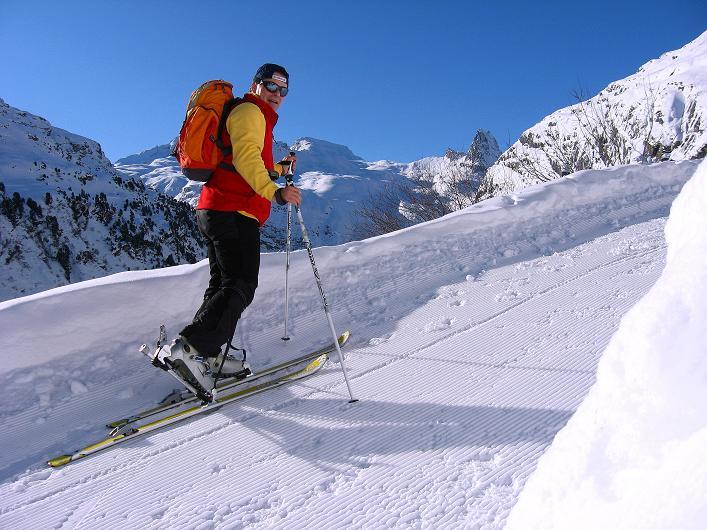 Foto: Andreas Koller / Ski Tour / Vom Zervreilasee auf das Frunthorn (3030m) / 09.01.2009 22:30:13