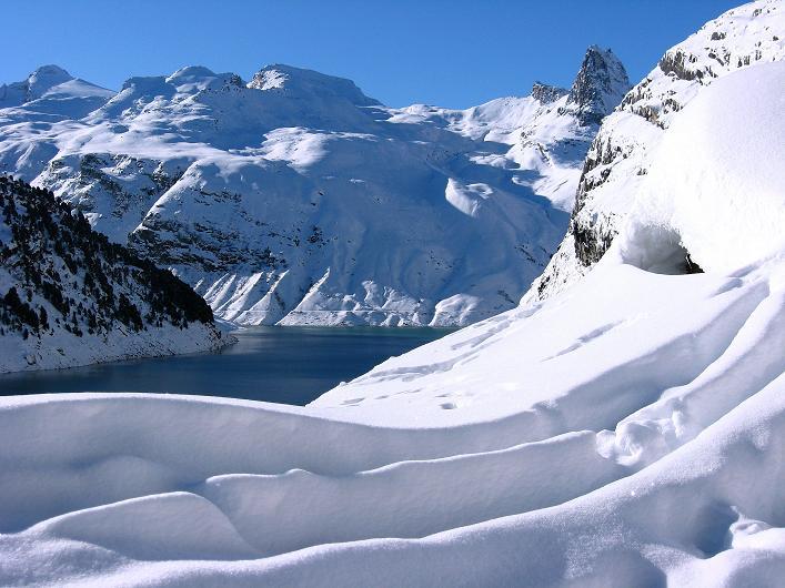 Foto: Andreas Koller / Ski Tour / Vom Zervreilasee auf das Frunthorn (3030m) / 09.01.2009 22:29:56