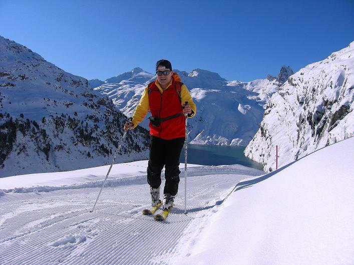 Foto: Andreas Koller / Ski Tour / Vom Zervreilasee auf das Frunthorn (3030m) / 09.01.2009 22:29:27
