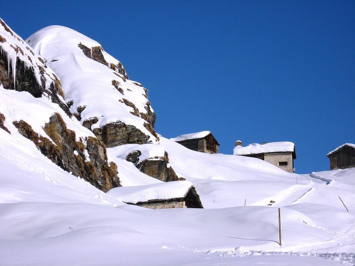 Foto: Andreas Koller / Ski Tour / Vom Zervreilasee auf das Frunthorn (3030m) / Frunt / 09.01.2009 22:29:21