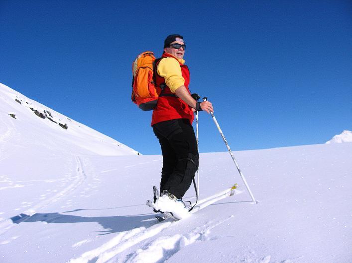 Foto: Andreas Koller / Ski Tour / Vom Zervreilasee auf das Frunthorn (3030m) / 09.01.2009 22:27:50