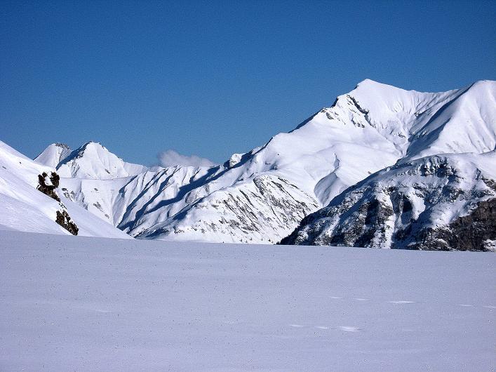 Foto: Andreas Koller / Ski Tour / Vom Zervreilasee auf das Frunthorn (3030m) / Hoch über dem Valser Tal / 09.01.2009 22:27:42