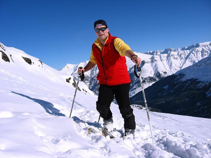 Foto: Andreas Koller / Ski Tour / Vom Zervreilasee auf das Frunthorn (3030m) / 09.01.2009 22:27:24