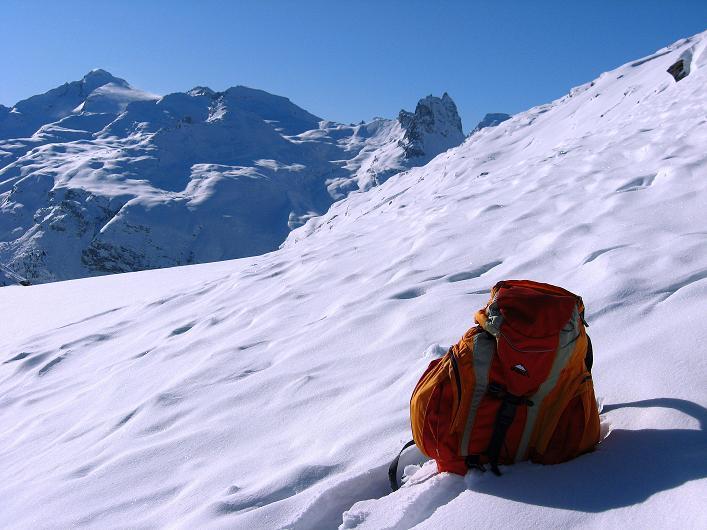 Foto: Andreas Koller / Ski Tour / Vom Zervreilasee auf das Frunthorn (3030m) / 09.01.2009 22:27:15