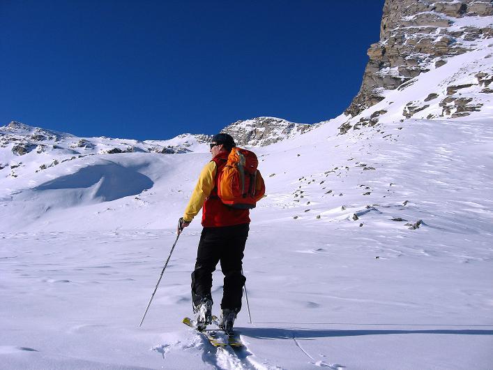 Foto: Andreas Koller / Ski Tour / Vom Zervreilasee auf das Frunthorn (3030m) / 09.01.2009 22:25:49