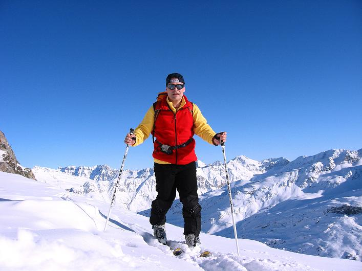 Foto: Andreas Koller / Ski Tour / Vom Zervreilasee auf das Frunthorn (3030m) / 09.01.2009 22:25:17