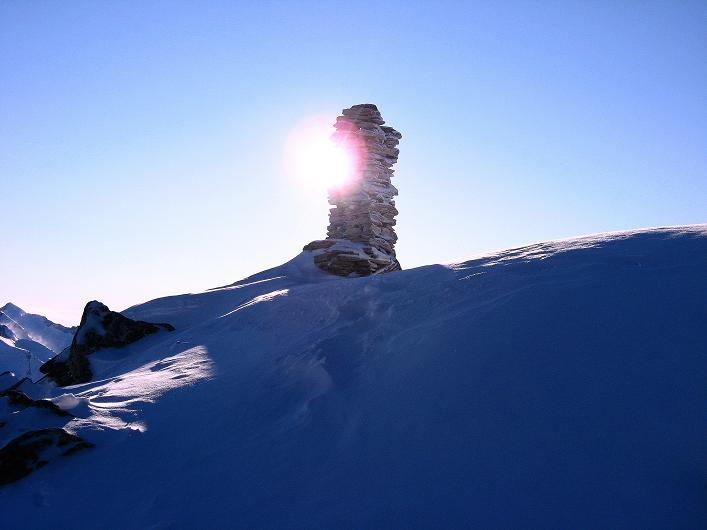 Foto: Andreas Koller / Ski Tour / Vom Zervreilasee auf das Frunthorn (3030m) / Die letzten Meter zum Frunthorn-Gipfel / 09.01.2009 22:22:45