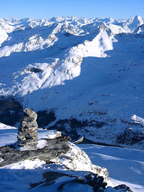 Foto: Andreas Koller / Ski Tour / Vom Zervreilasee auf das Frunthorn (3030m) / Adula Alpen / 09.01.2009 22:21:25