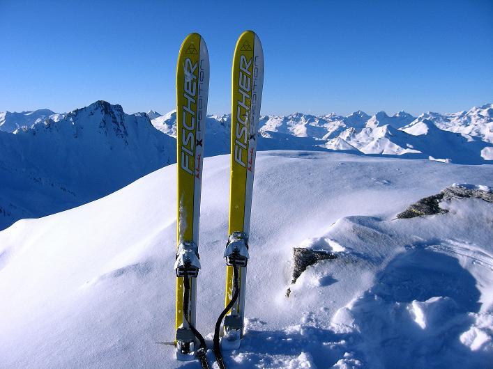 Foto: Andreas Koller / Ski Tour / Vom Zervreilasee auf das Frunthorn (3030m) / 09.01.2009 22:21:10