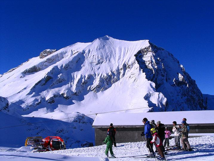 Foto: Andreas Koller / Ski Tour / Von der Engstligenalp auf das Chindbettihorn (2691m) / Engstligenalp / 09.01.2009 23:50:51