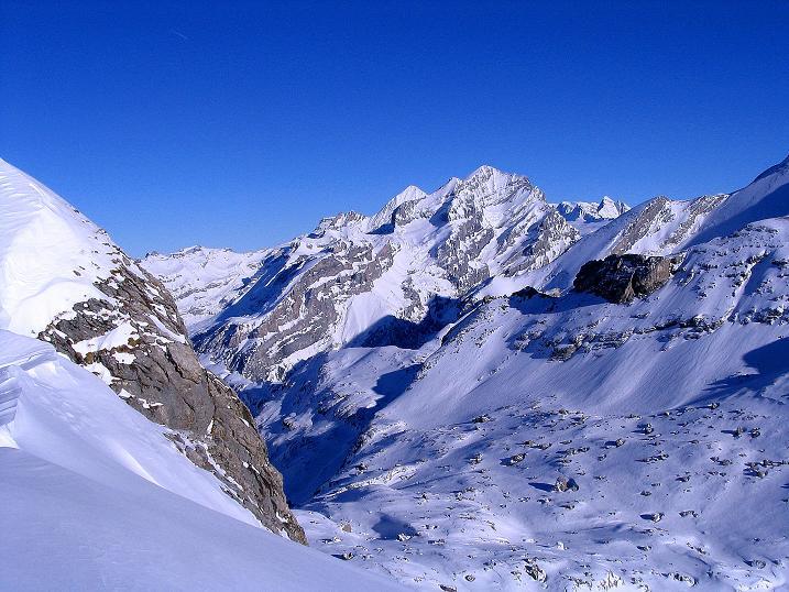 Foto: Andreas Koller / Ski Tour / Von der Engstligenalp auf das Chindbettihorn (2691m) / Blümlisalpgruppe (3661 m) / 09.01.2009 23:46:52