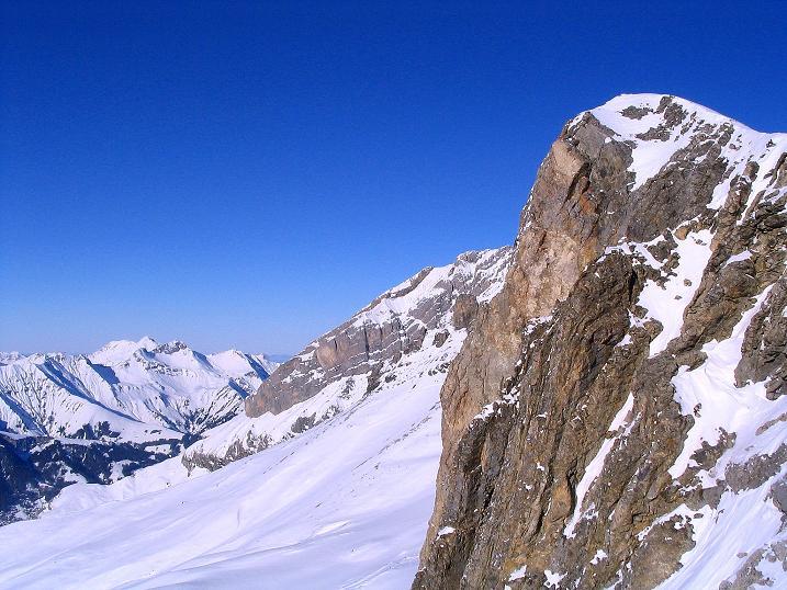 Foto: Andreas Koller / Ski Tour / Von der Engstligenalp auf das Chindbettihorn (2691m) / 09.01.2009 23:45:05