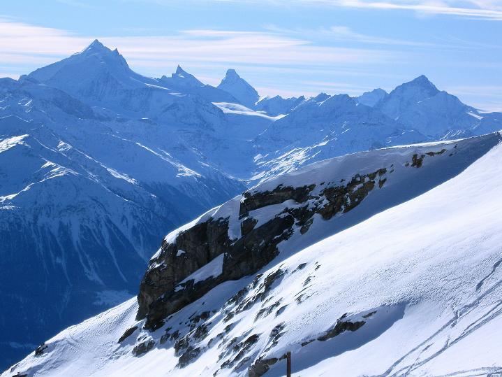 Foto: Andreas Koller / Ski Tour / Von der Lauchernalp aufs Hockenhorn (3293m) / Weißhorn (4505 m), Zinalrothorn (4221 m), Matterhorn (4478 m), Dente Blanche (4357 m) / 12.01.2009 19:39:11