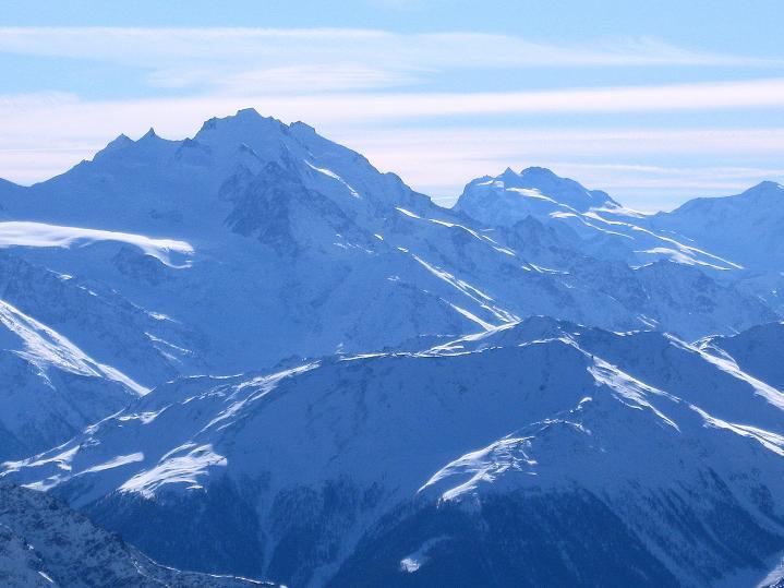 Foto: Andreas Koller / Ski Tour / Von der Lauchernalp aufs Hockenhorn (3293m) / Dom (4545 m) und Monte Rosa (4634 m) / 12.01.2009 19:37:07