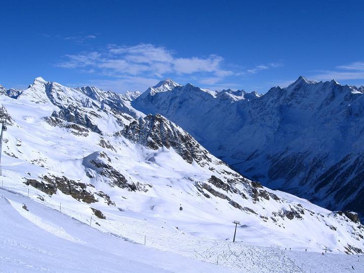 Foto: Andreas Koller / Ski Tour / Von der Lauchernalp aufs Hockenhorn (3293m) / Aletschhorn (4195 m) / 12.01.2009 19:36:13