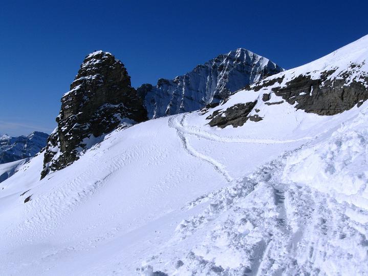 Foto: Andreas Koller / Ski Tour / Von der Lauchernalp aufs Hockenhorn (3293m) / 12.01.2009 19:34:55