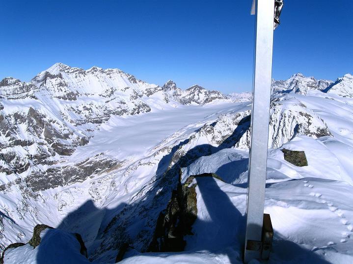 Foto: Andreas Koller / Ski Tour / Von der Lauchernalp aufs Hockenhorn (3293m) / 12.01.2009 19:25:00