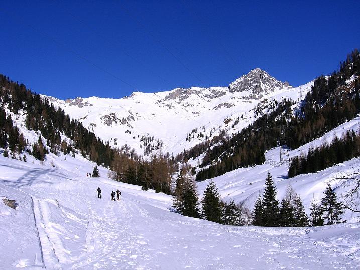Foto: Andreas Koller / Ski Tour / Rassige Tour aufs Kleine Mosermandl (2538m) / Anstieg in den Großen Kessel / 12.01.2009 19:17:00
