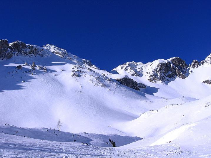Foto: Andreas Koller / Ski Tour / Rassige Tour aufs Kleine Mosermandl (2538m) / Blick ins Urbankar / 12.01.2009 19:15:41
