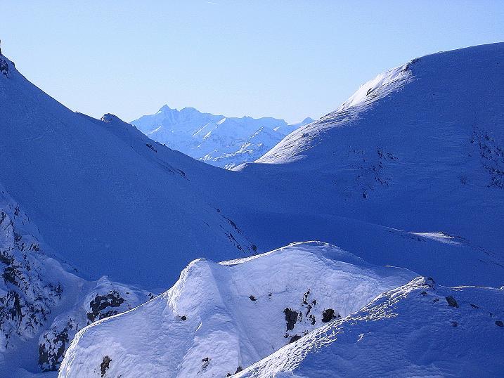 Foto: Andreas Koller / Ski Tour / Rassige Tour aufs Kleine Mosermandl (2538m) / Blick auf den Großglockner (3798 m) / 12.01.2009 19:08:21